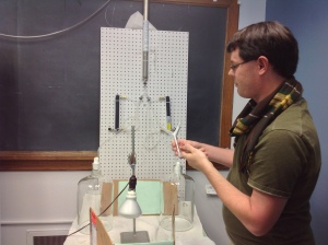 Here, I am showing students in ENT890 the y-tube olfactometer and how it works.
